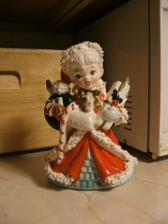 vintage Christmas figurine napco shopper