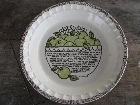 vintage-royal-china-pie-plate-apple-pie-recipe-pie-pan-laurel-leaf-farm-item-no-k012775-2